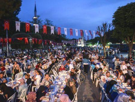 Estambul sultanahmet ramadan iftar