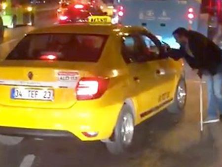 Estambul taxista discapacitado polemica