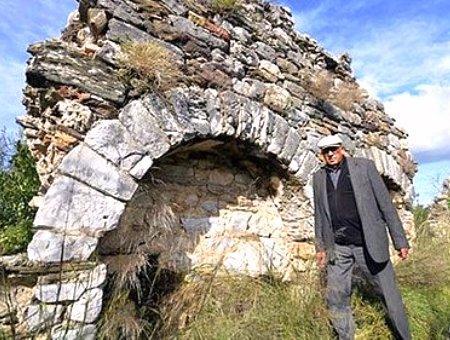 Mugla ruinas antiguas bargylia