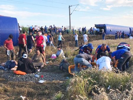 Tekirdag accidente tren descarrilamiento(1)
