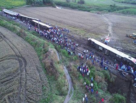 Tekirdag accidente tren descarrilamiento