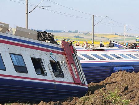 Tekirdag tren descarrilado accidente