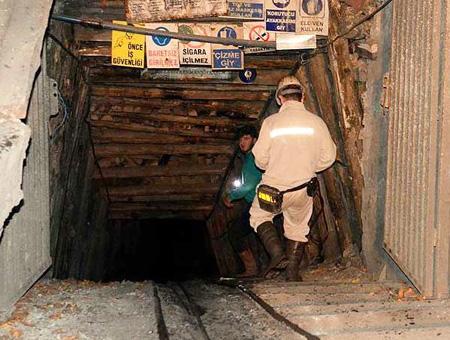 Amasya entrada mina mineros
