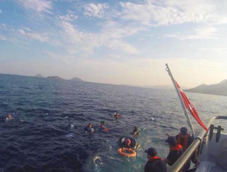 Mugla rescate inmigrantes naufragio