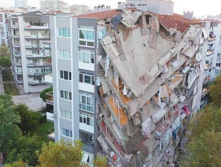 Turquia edificios terremoto izmir