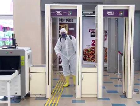 Turquia limpieza centro comercial coronavirus