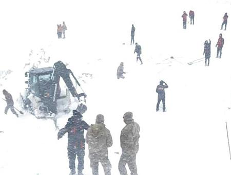 Van rescate avalancha nieve