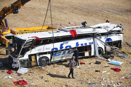 Turquia accidente autobus balikesir