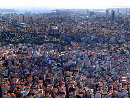 50.000 edificios en Estambul corren el riesgo de derrumbarse