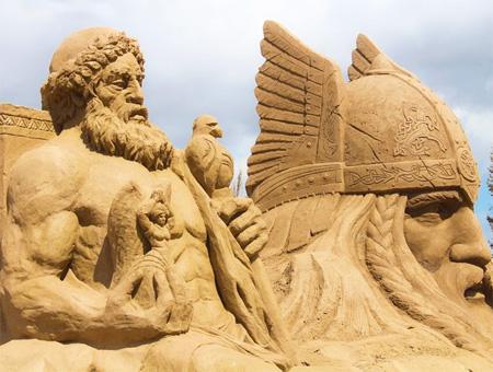 Antalya festival esculturas arena