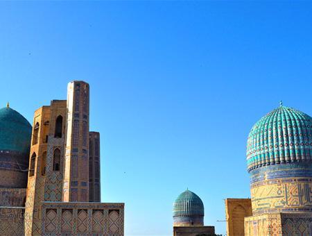 Cúpulas de la Mezquita de Bibi Khanum, en Samarcanda