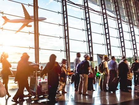 Viajes aeropuerto turismo turistas