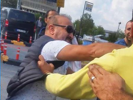 Estambul pelea taxista uber