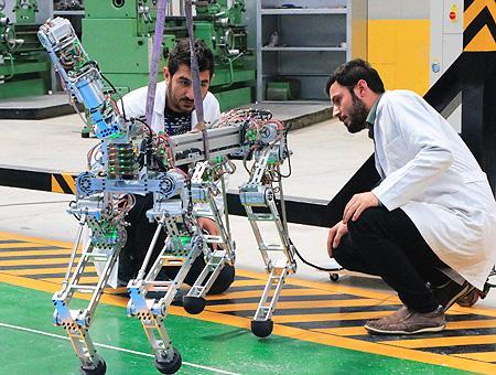 Robot arat akinsoft prototipo
