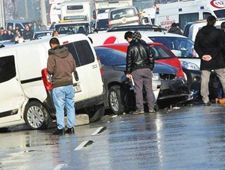 Ankara choque cadena coches