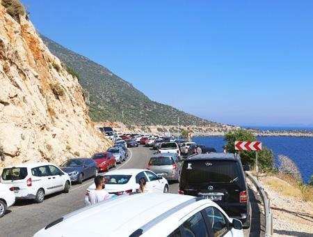 Antalya atascos carreteras playa