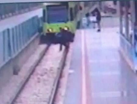 Bursa intento sucidio metro