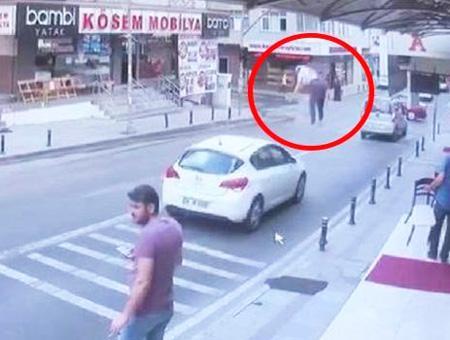 Estambul mujer caida vacio coche