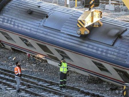 Ankara tren descarrilado