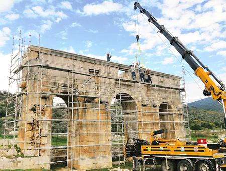 Antalya puerta patara restauracion