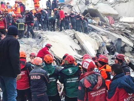 Elazig terremoto rescate victimas