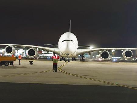 Estambul aeropuerto avion a380