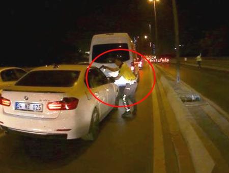 Estambul persecucion policial autopista