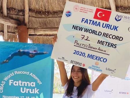 Mexico fatma uruk record buceo libre