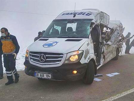 Turquia accidente minibus