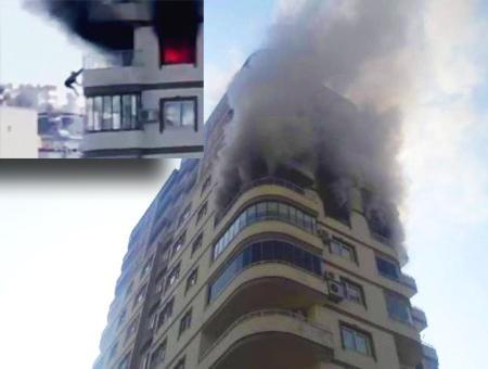 Turquia mujer salto incendio