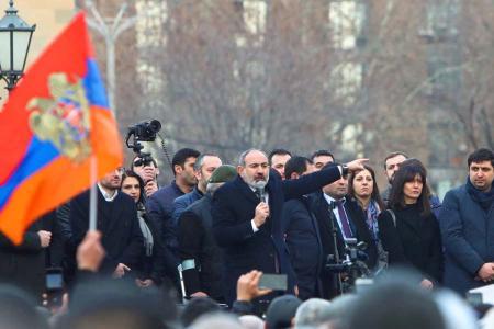 Armenia pashinyan manifestacion erevan