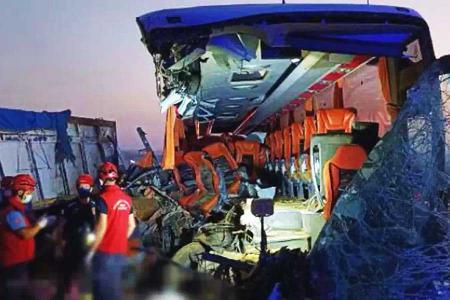 Turquia accidente autobus soma