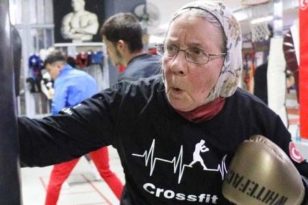 Turquia anciana parkinson boxeo